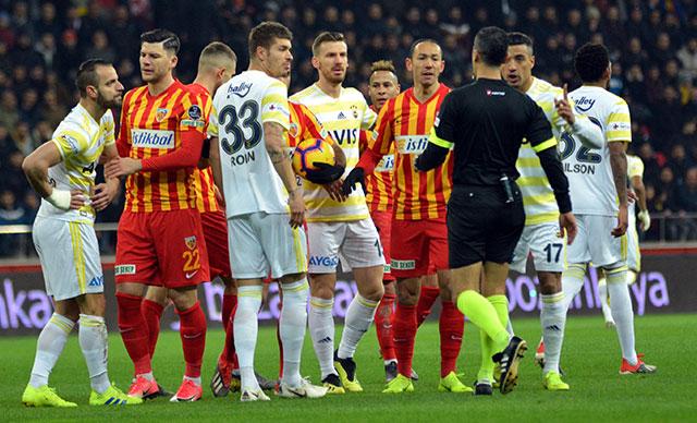 Fenerbahçe 87. dakikada yıkıldı