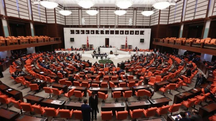 Adana'nın beklentilerine sekiz satırlık yanıt