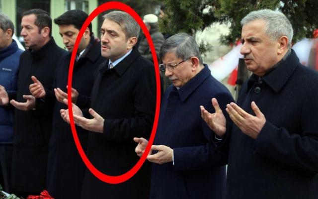 Erdoğan elini sıkmamıştı! Ahmet Davutoğlu ile yan yana geldi