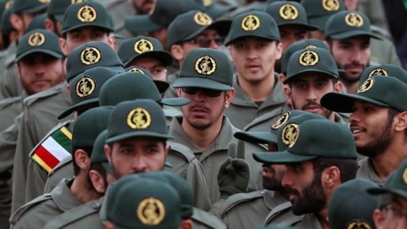 İran'da Devrim Muhafızları'na saldırı: 27 ölü