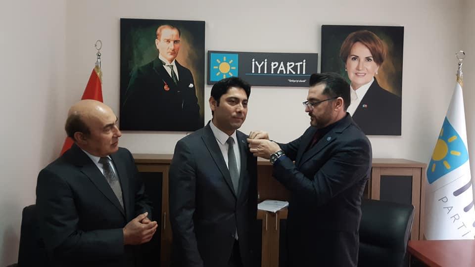 MHP'den istifa eden Başkan, İYİ Parti'ye geçti