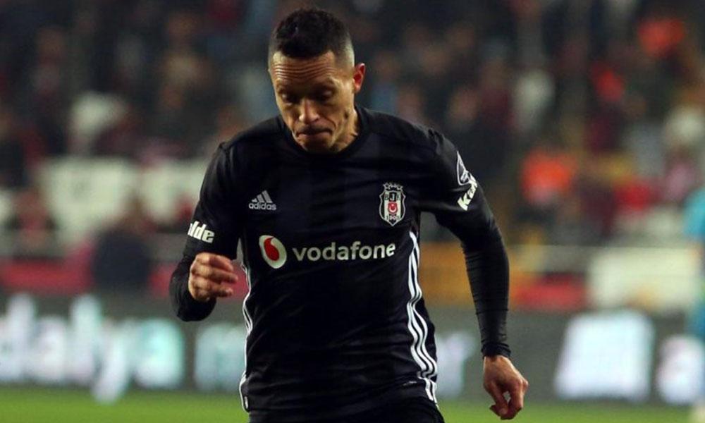 Adriano'dan itiraf: Ara transfer döneminde…
