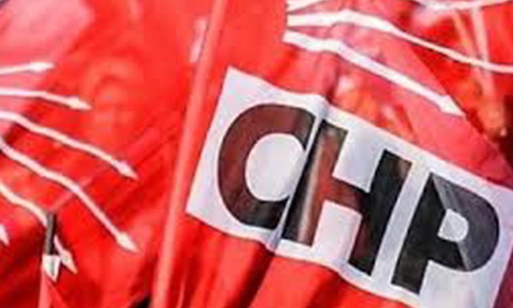 CHP İstanbul'da ilçe yönetimi düştü