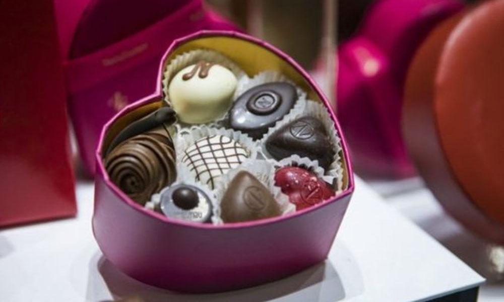 Sevgililer Günü'nde 'zorla çikolata' alma geleneği bozuluyor