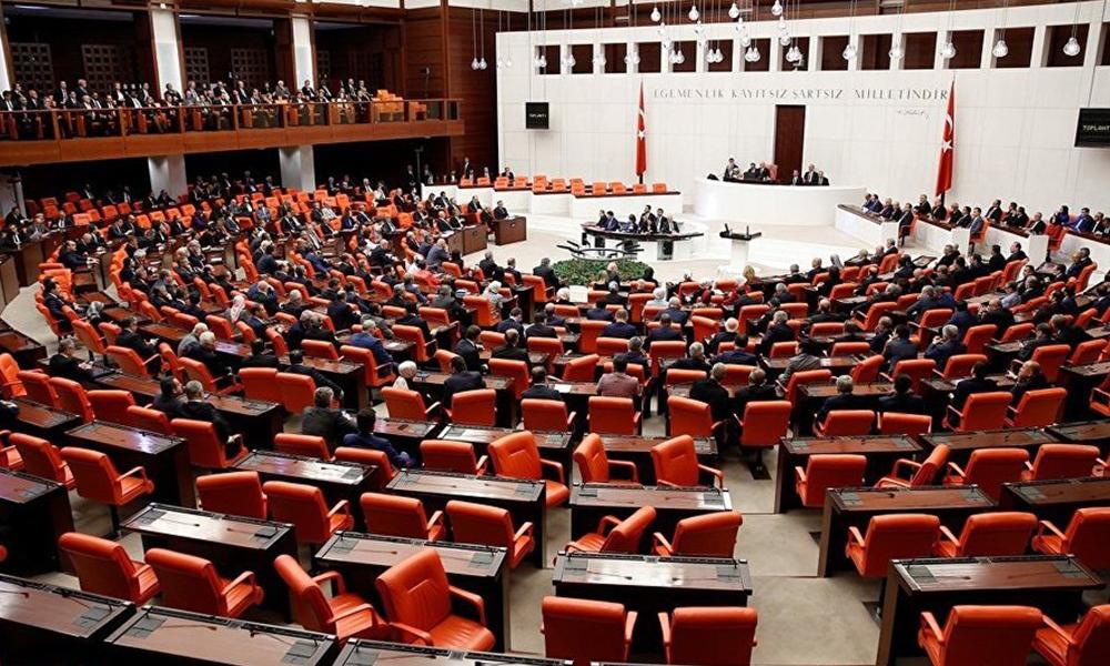 AKP'den büyük fişleme! Bildirme zorunluluğu geliyor