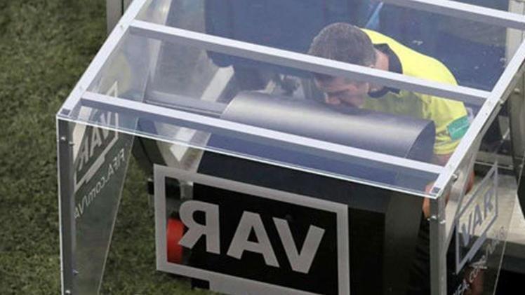 UEFA'dan flaş VAR hamlesi! Rosetti tek tek anlattı…