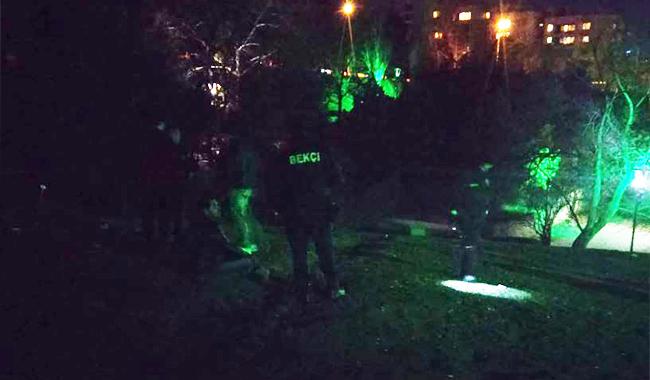 Ankara'da parkta bekçi içkiyi yasakladı, ceza kesti…