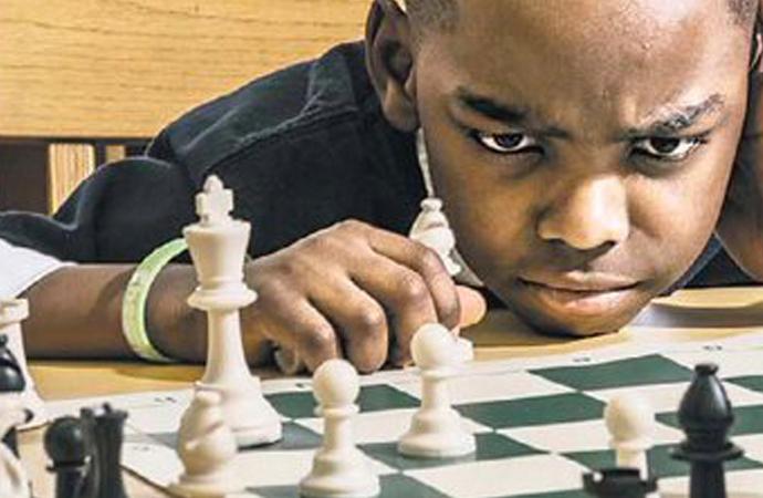 8 yaşındaki evsiz mülteci şampiyonu oldu!