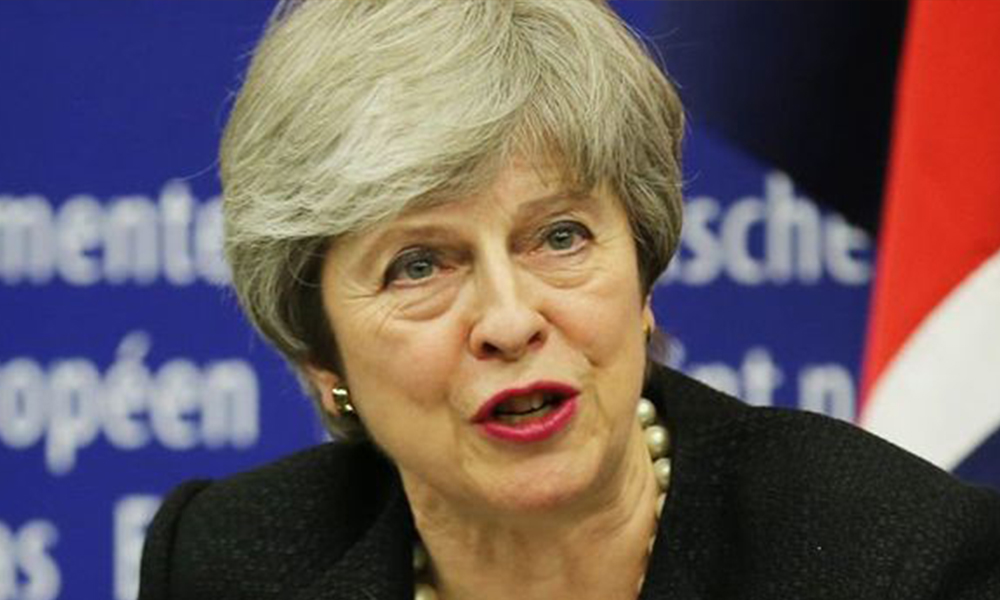 Theresa May'den şartlı istifa mesajı!