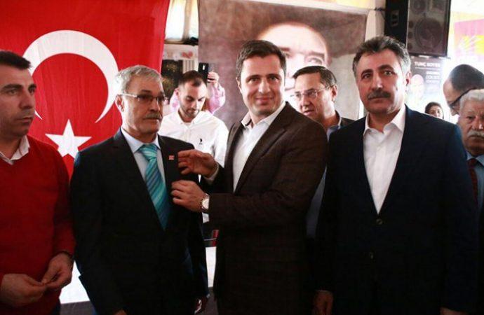 Bine yakın AKP'li CHP'ye katıldı!