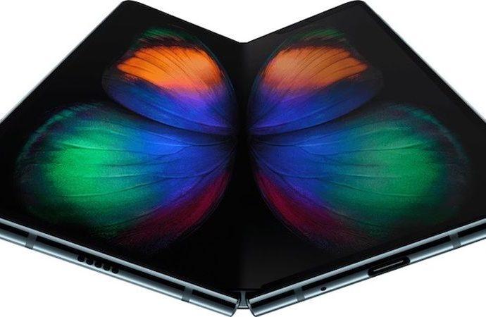 Galaxy Fold'un ekranı 200.000 katlanmaya dayanıklı