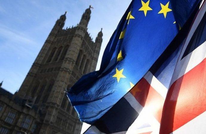 İngiliz parlamentosu Brexit anlaşmasını üçüncü kez reddetti