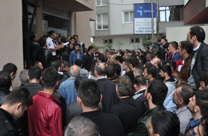 5 milyon kişi işsiz kaldı! İşte Türkiye'nin önündeki olası senaryolar