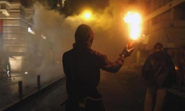 Bir ayda ikinci: Türkiye konsolosluğuna molotofkokteylli saldırı