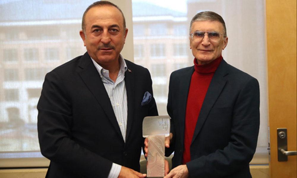 Dışişleri Bakanı Mevlüt Çavuşoğlu, Aziz Sancar ile görüştü