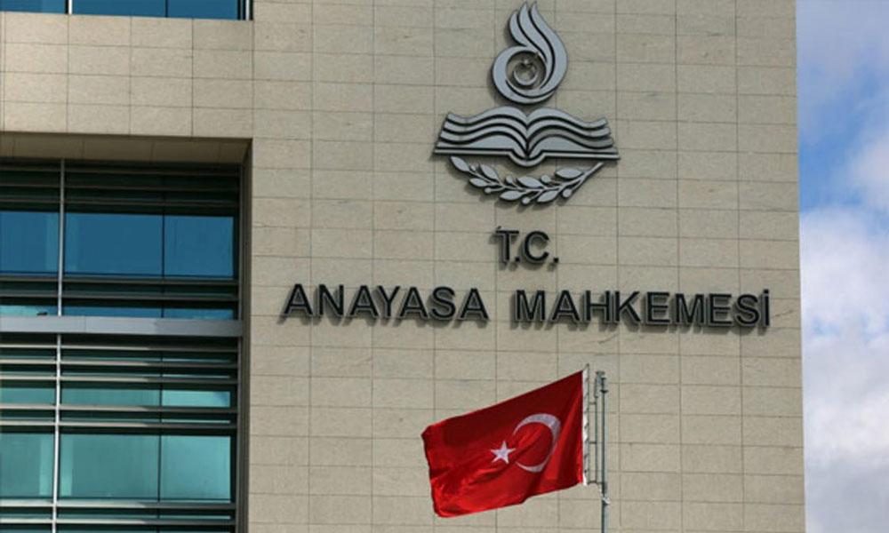 Anayasa Mahkemesi'nden KHK'lılarla ilgili iki kritik iptal kararı