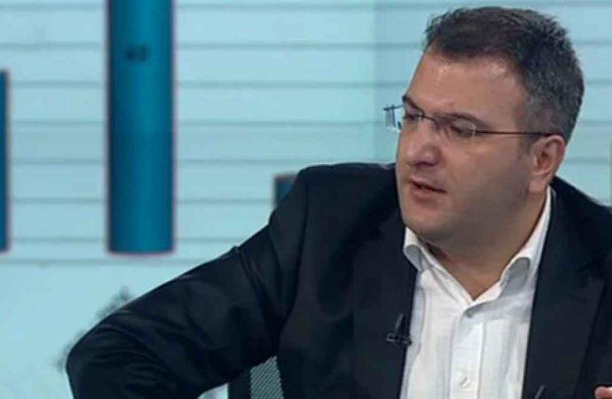 Cem Küçük'ten 'Davutoğlu' tepkisi: Ahlaksızlıktır…