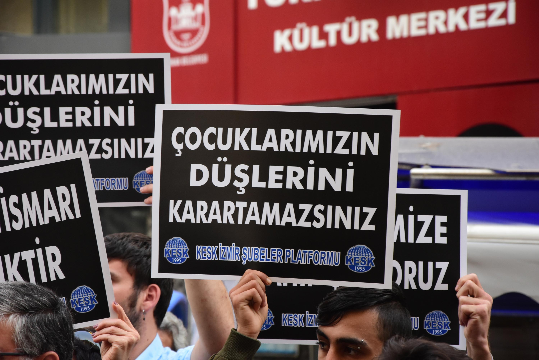 İzmir'de, KESK'ten çocuğa karşı 'cinsel istismar' eylemi