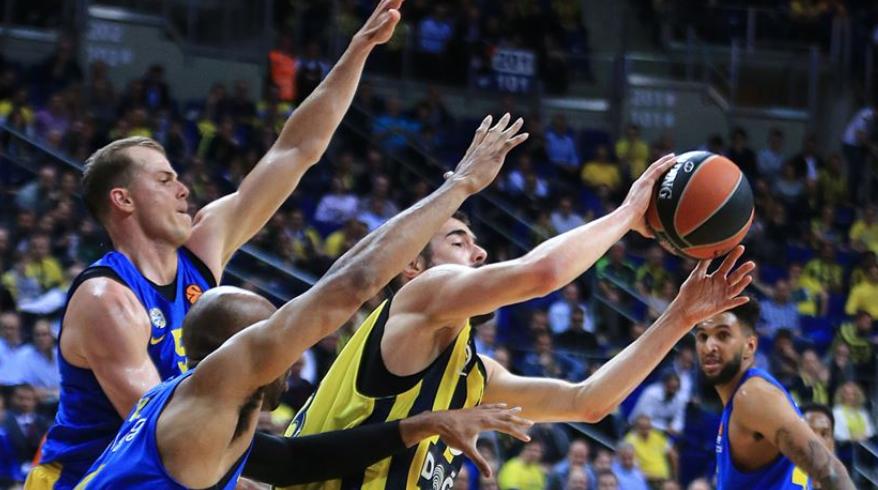 Fenerbahçe Beko rekorla bitirdi