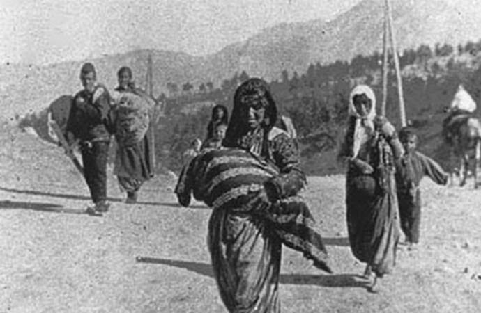 Fikret Başkaya | 104. yılında Ermeni soykırımı paneli