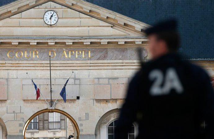 Fransa'da türban kararını Temyiz Mahkemesi bozdu