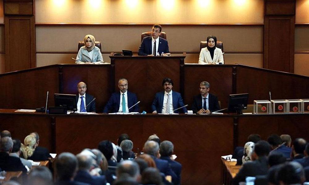 İBB'den istifa edenler belediye şirketlerinde: 60 milyar liralık bütçenin 40 milyar lirasının yönetiyorlar