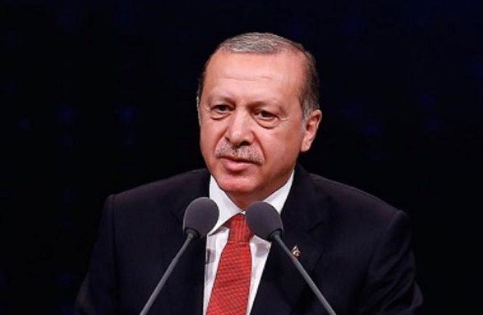 Milli Görüş'e yakın gazeteciden sürpriz iddia: Erdoğan görevi bırakıyor!