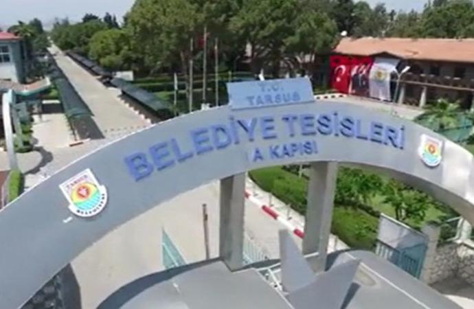 Tarsus Belediyesi tabelasına T.C. eklendi