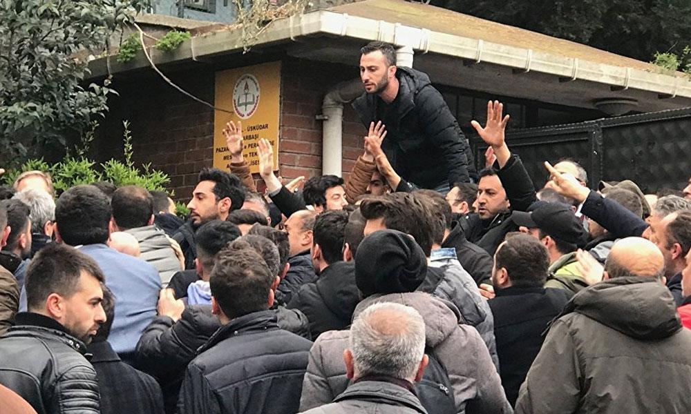 AKP'liler oyların olduğu okula girmeye çalışınca kavga çıktı… Polis havaya ateş açtı!