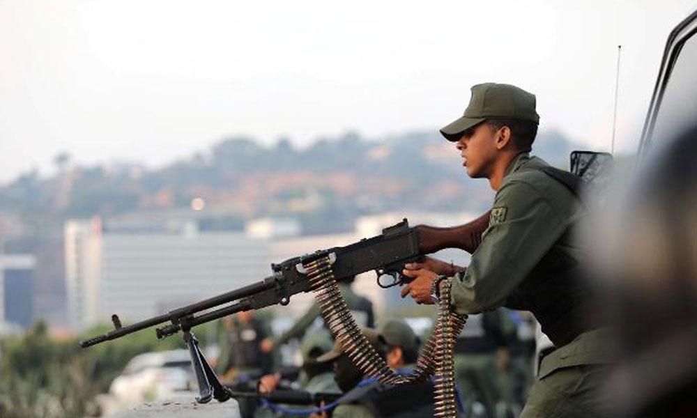 Venezüella'da darbe girişimi! Maduro'dan ilk açıklama