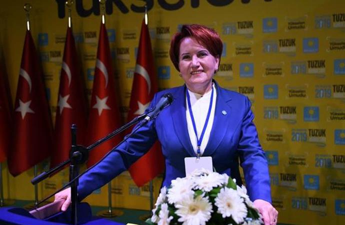 Akşener: AKP'li vekillerin eşleri 'benimkini azarla' diye beni arardı…