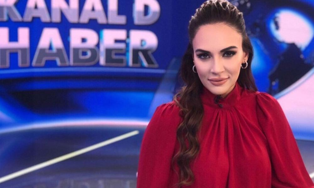 Kanal D haber spikeri Buket Aydın mayoyla yakalandı, fotoğraflar apar topar silindi
