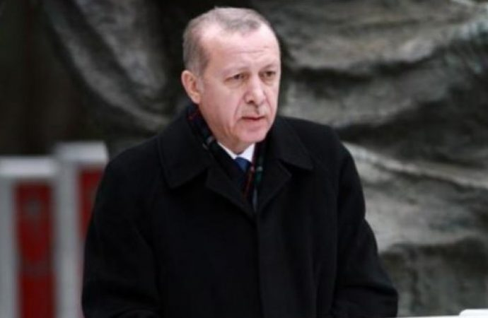 Erdoğan Saray'dan ayrıldı: NATO görüşmesinde dikkat çeken yer değişikliği!