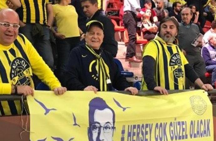 Fenerbahçe-Anadolu Efes maçında 'İmamoğlu' rüzgarı