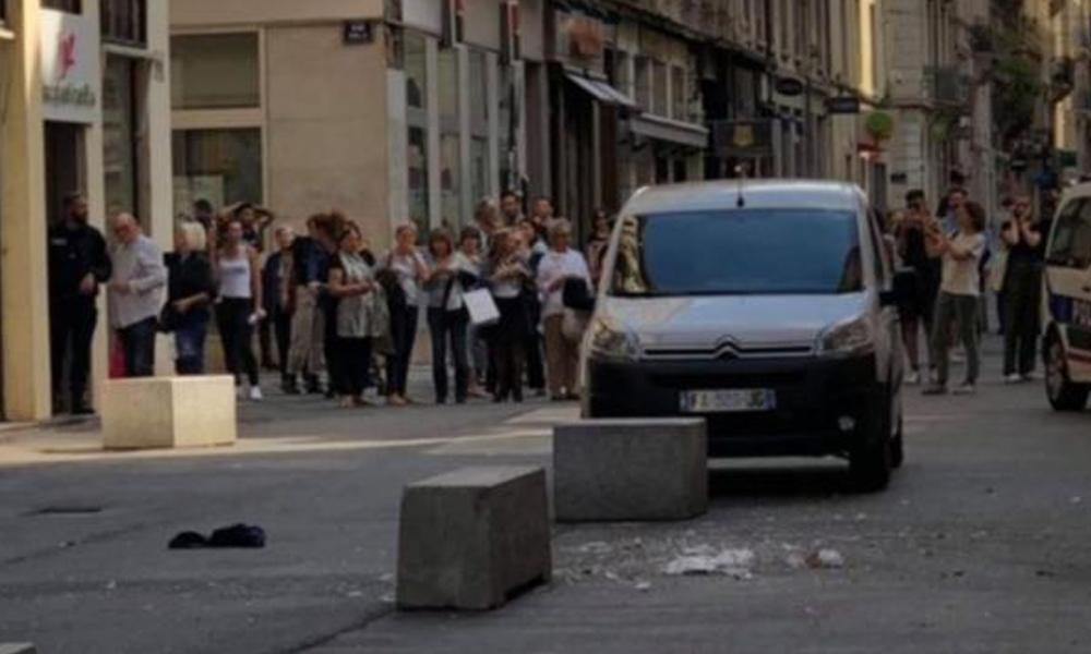 Fransa'nın Lyon kentinde patlama: En az 13 yaralı