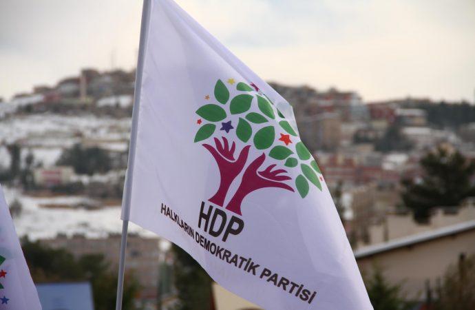 HDP'li iki isim 'Aziz Oruç'a yardım' iddiasıyla tutuklandı