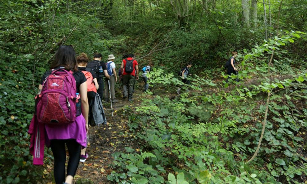 Gençlik doğasına sahip çıkıyor… Kuzey Ormanları'ndan doğa yürüyüşü