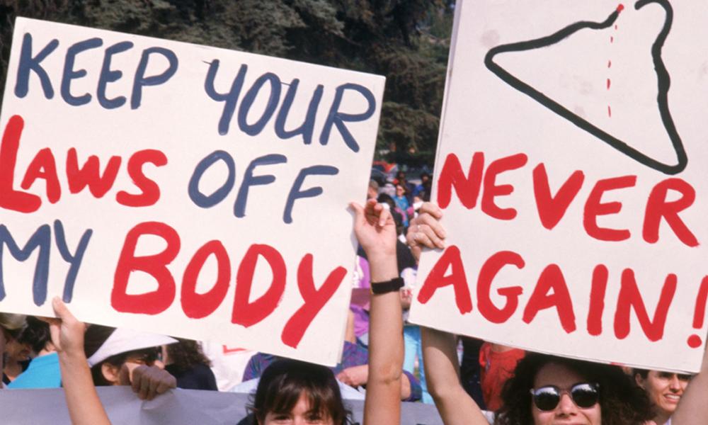 Kürtaj karşıtlarından pes dedirten finans! Yasakla kalmamış, yanlış yönlendirmişler