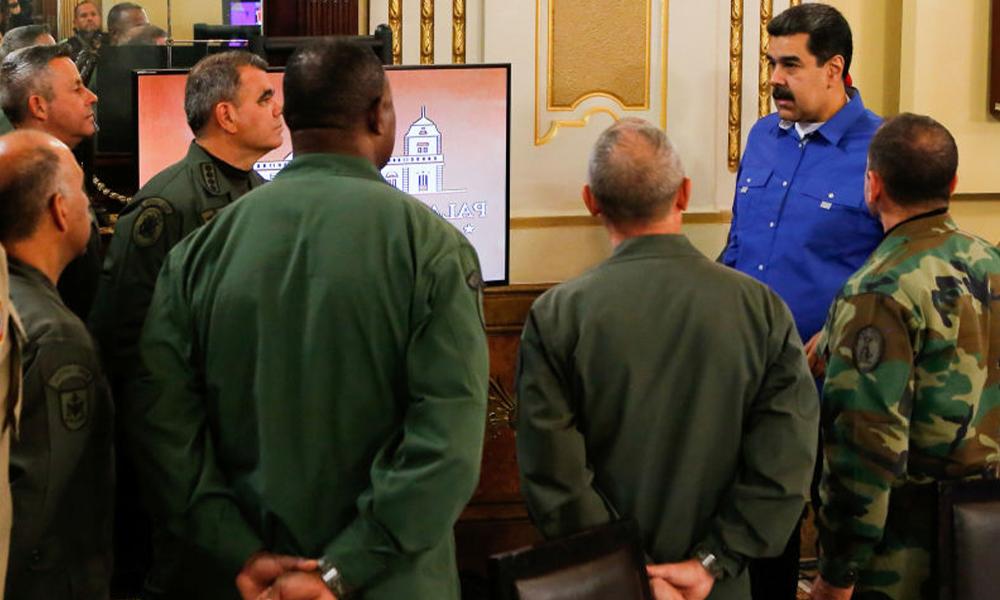 Venezüella'daki darbe girişimi bastırıldı, Maduro'dan ilk açıklama 'cezasız kalmayacak'