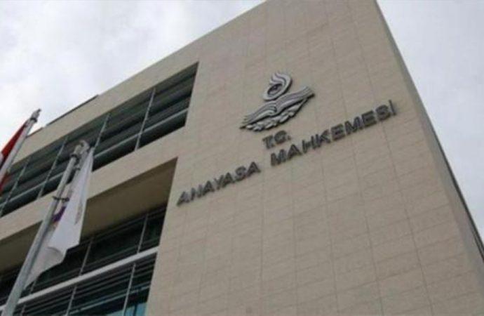 CHP'den AYM'ye 'yıpranma hakkı' başvurusu: Basın kartı şartı iptal edilsin