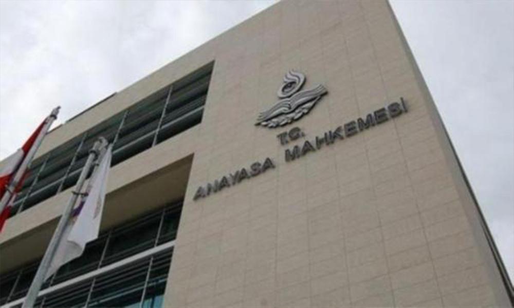 AYM, OHAL düzenlemelerindeki üç maddeyi iptal etti