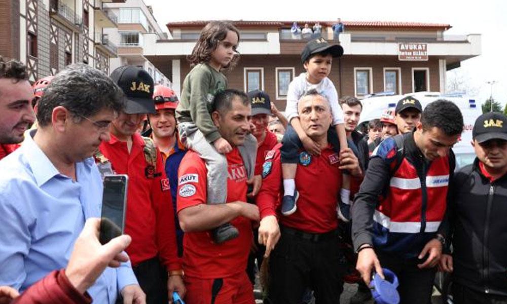 Rize'de sevinç gözyaşları… Kayıp çocuklar bulundu
