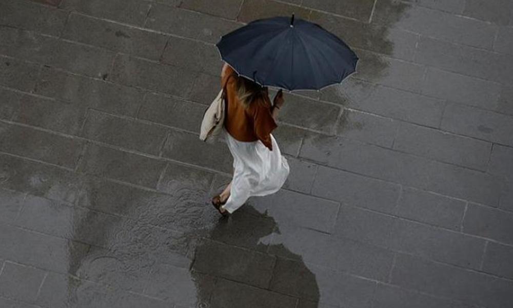 Meteoroloji İstanbulluları tarih ve saat vererek uyardı: Kuvvetli yağış ve fırtına geliyor!