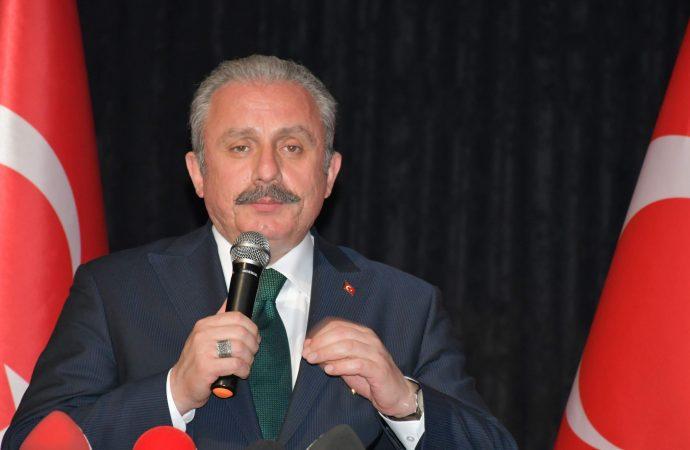 TBMM Başkanı Mustafa Şentop'a göre 22 bin lira maaş alan vekiller zor geçiniyor!