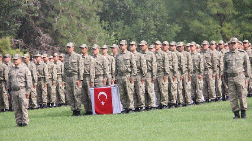 Askerlerin yemin töreninde İzmir Marşı okutulmadı