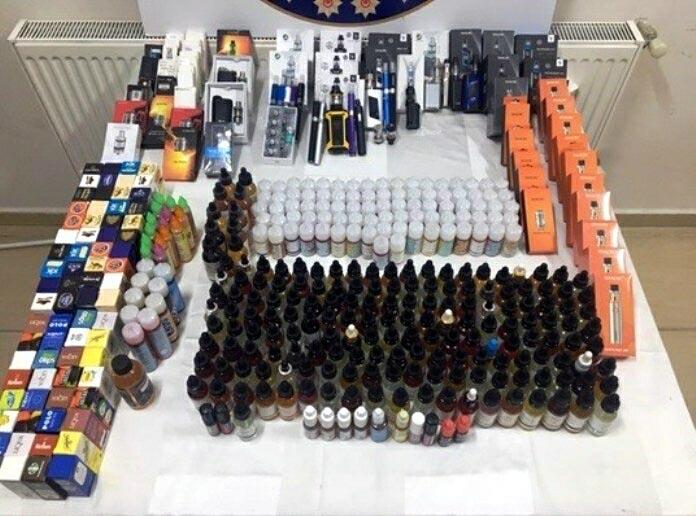 Didim'de kaçak elektronik sigara satışına 2 gözaltı