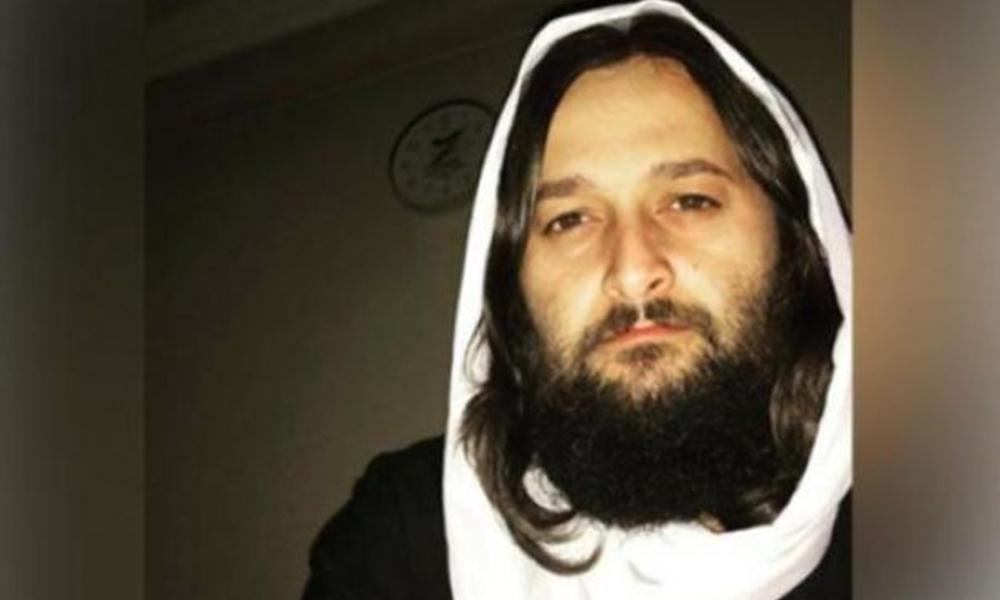 AKP'li yöneticiden açık giyinen kadınlara hakaret! Fahişeler