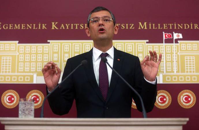 CHP'li Özgür Özel: 48 saatlik bulaşı 48 dakikada bütün Türkiye'ye yaydık!