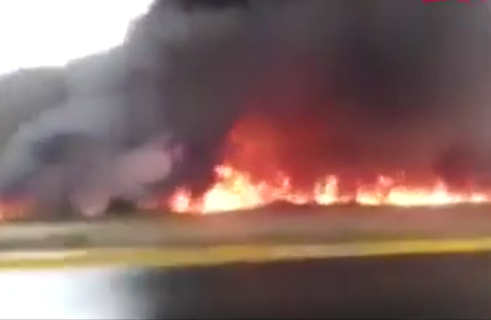 Petrol rafineri tesisinde yangın: 3 ölü