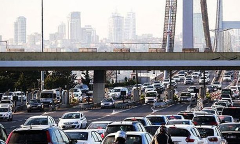 15 Temmuz Şehitler Köprüsü'nde hareketli dakikalar… Polis ateş açtı!